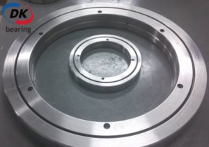 RE15030-150x230x30mm-Crossed Roller Bearing